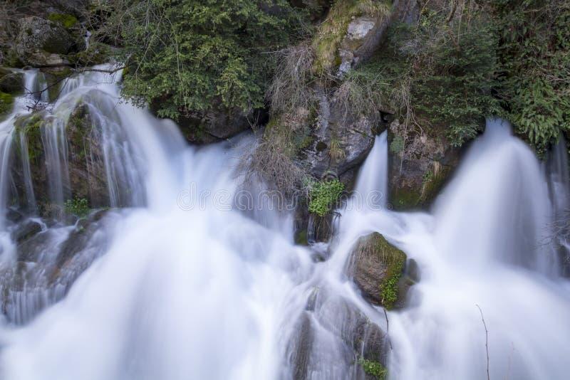Fuente de la fuente del río foto de archivo libre de regalías