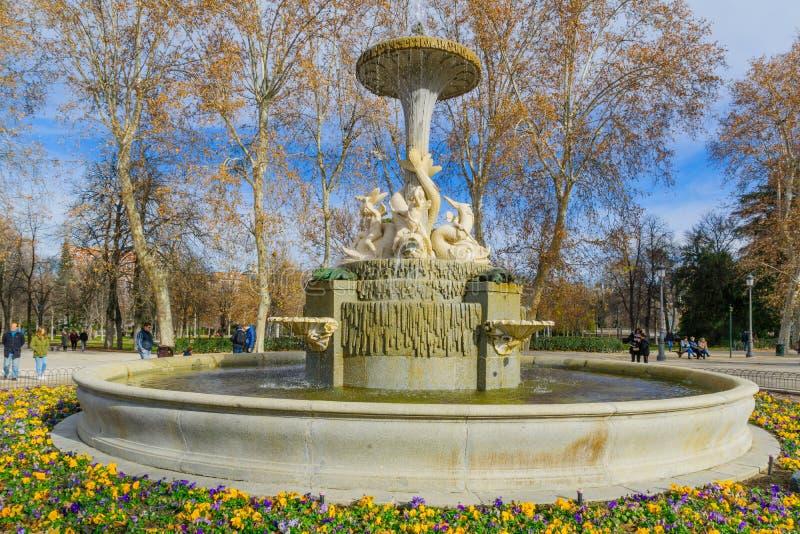 Fuente de los Galapagos, Madrid fotografering för bildbyråer