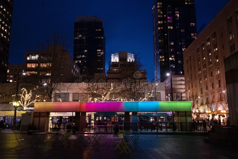 Fuente del arco iris del centro de Westlake foto de archivo