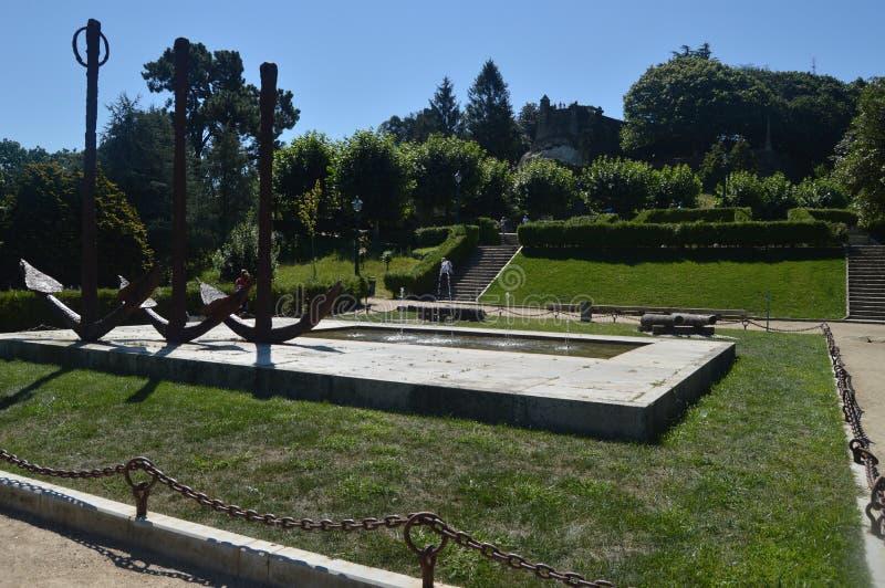 Fuente en la montaña de Castro In Vigo imagenes de archivo
