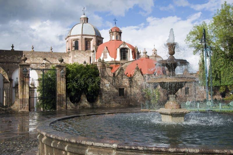 Fuente en Morelia, México fotos de archivo libres de regalías