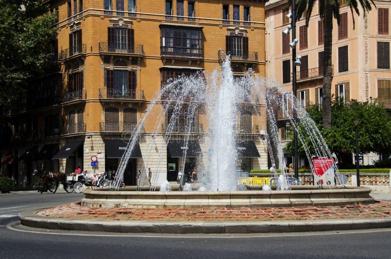 Fuente en Palma de Mallorca, España fotografía de archivo