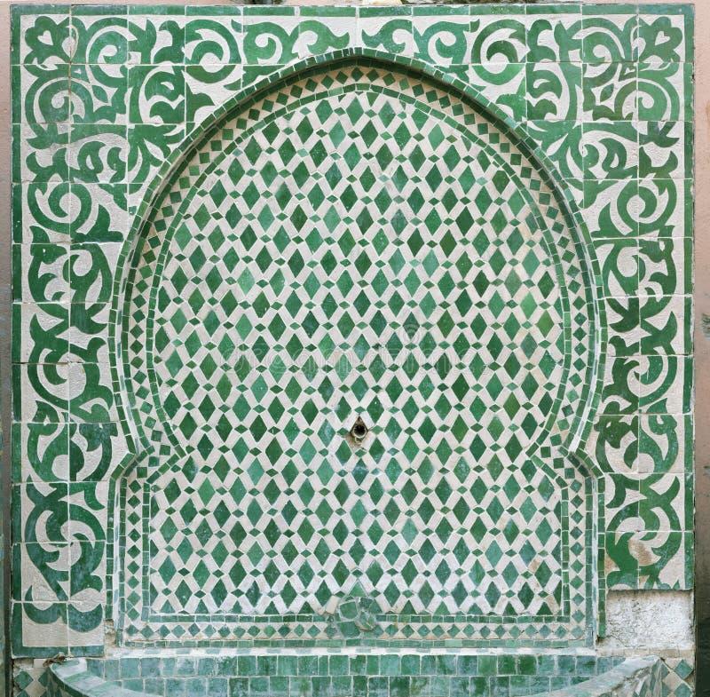 Fuente marroquí vieja fotografía de archivo