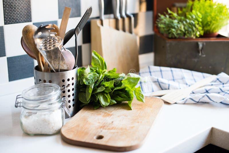 Fuentes caseras de la cocina foto de archivo