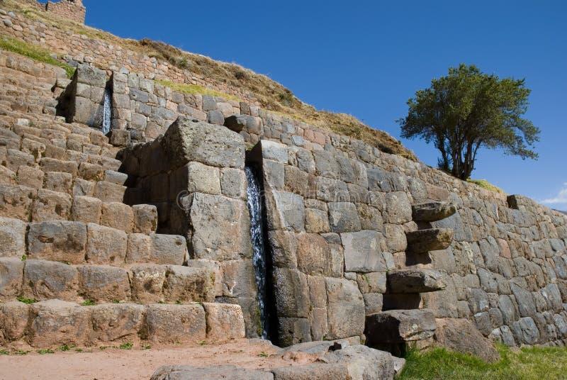 Fuentes de agua. Ruinas de Tipon, Cusco, Perú foto de archivo