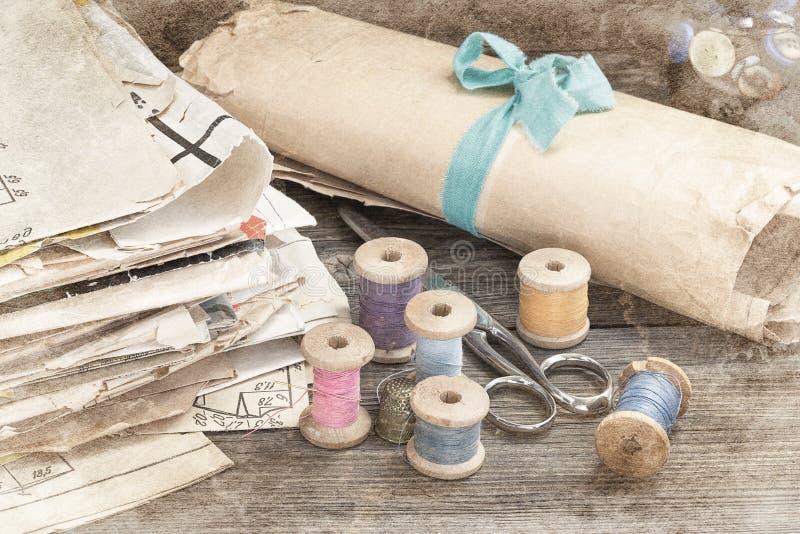 Fuentes de costura del vintage foto de archivo libre de regalías