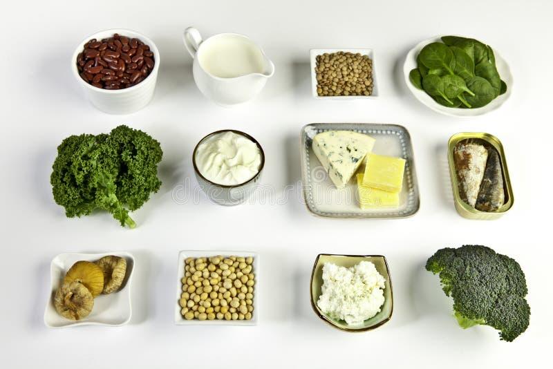 Fuentes del alimento de calcio imagen de archivo