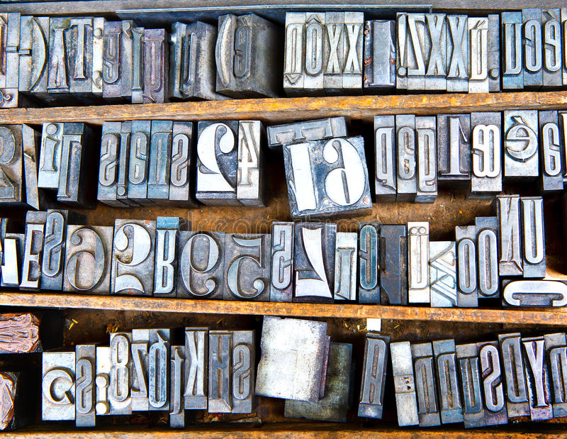 Fuentes viejas del metal imagen de archivo libre de regalías