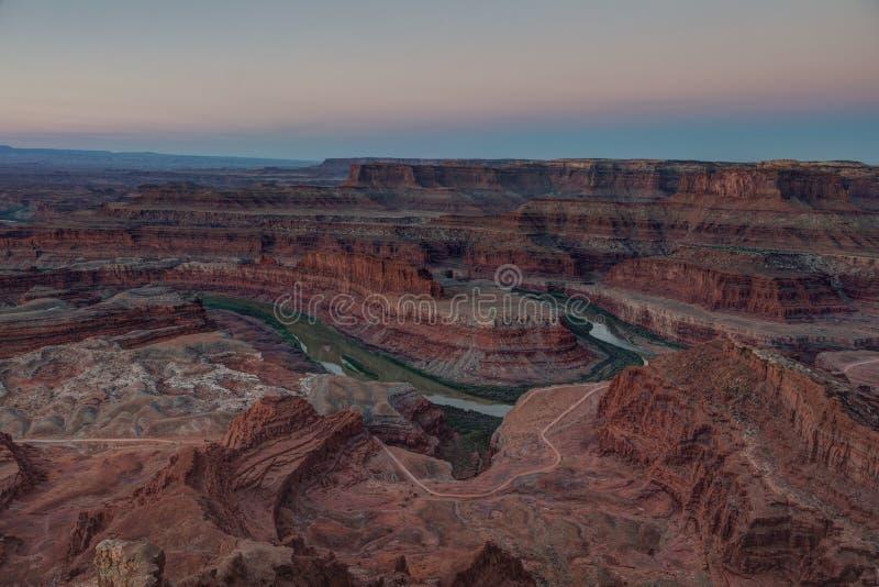 Fuera de la sombra de la tierra, parque de estado del punto del caballo muerto, Utah, los E.E.U.U. imagenes de archivo