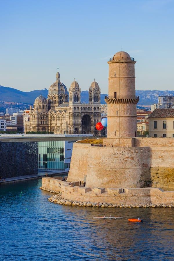 Fuerte en el puerto de Vieux - Marsella Francia imagen de archivo