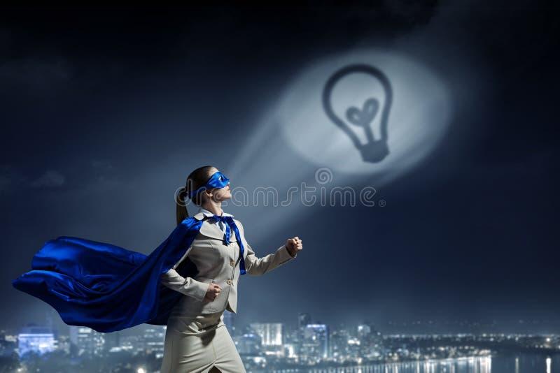 Fuerte y potente como superhéroe Técnicas mixtas foto de archivo