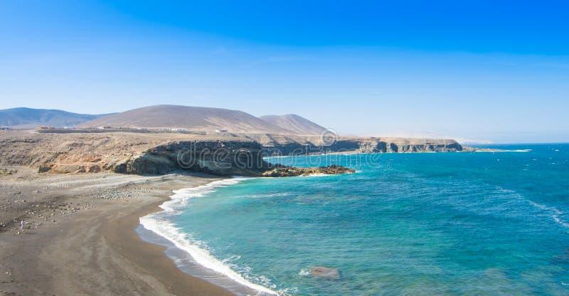 Fuerteventura Ajuy strand i kanariefågelön, Spanien fotografering för bildbyråer