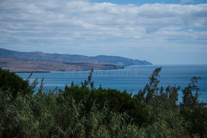 Fuerteventura, vert et bleu image stock
