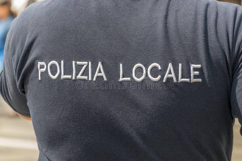 Fuerza de policía territorial de la escena de Polizia en la muestra de Italia en la camiseta fotografía de archivo libre de regalías