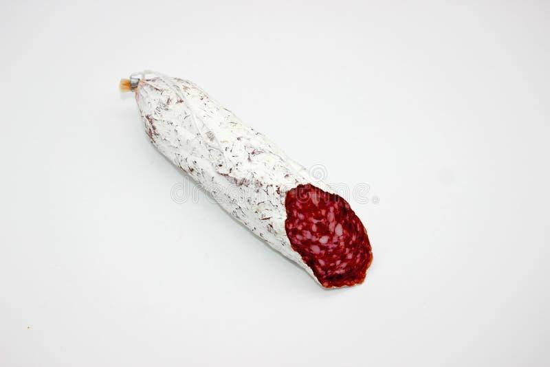Fuet каталонский тонкий, сухой вылечено, сосиска мяса свинины в кишке свинины стоковая фотография rf