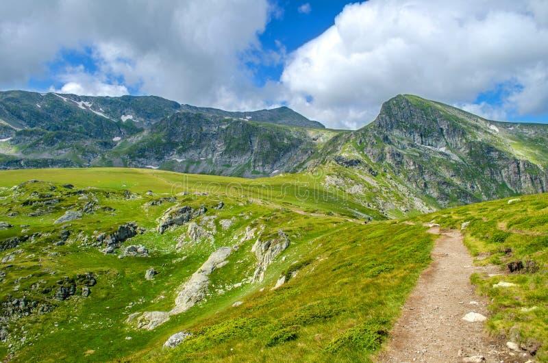 Fuga de caminhada no parque nacional de Rila, Bulgária foto de stock royalty free