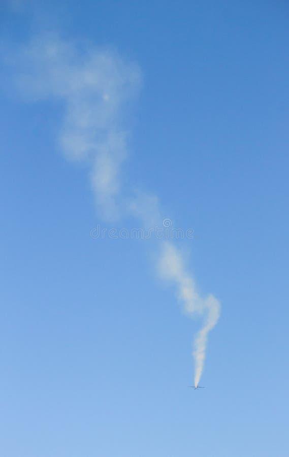 Fuga do fumo de Jet Plane fotografia de stock