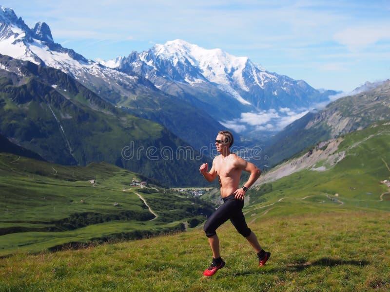 Fuga que corre em Chamonix France fotos de stock