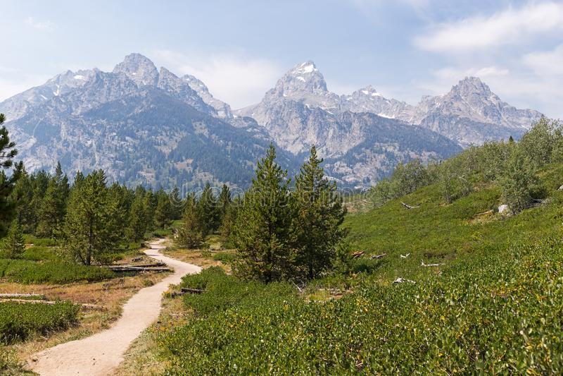 Fuga Trekking no parque nacional grande de Teton fotos de stock