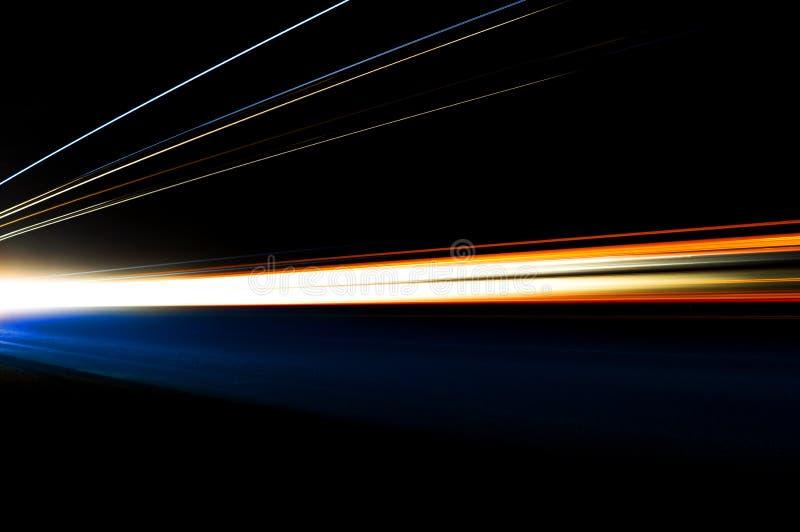 Fugas abstratas da luz do carro ilustração stock