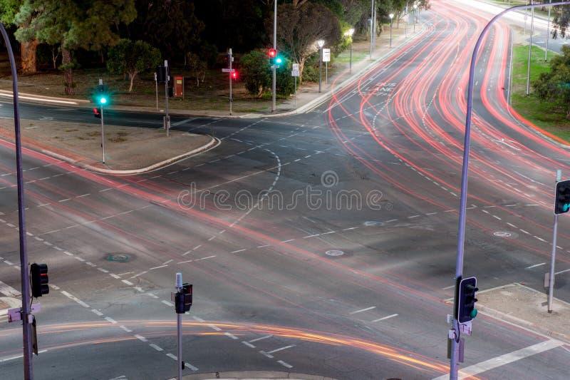Fugas da luz da interseção fotografia de stock