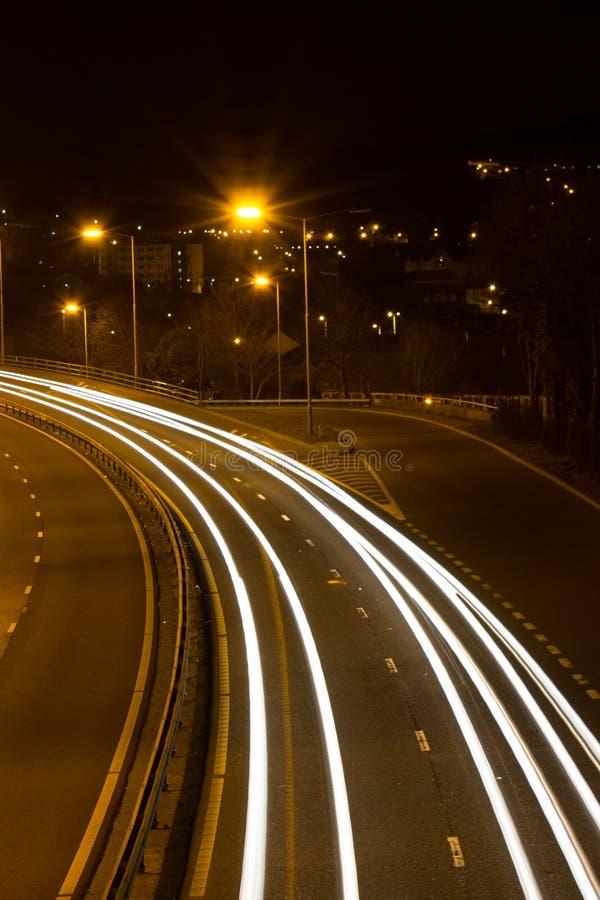 Fugas da luz do carro fotografia de stock royalty free