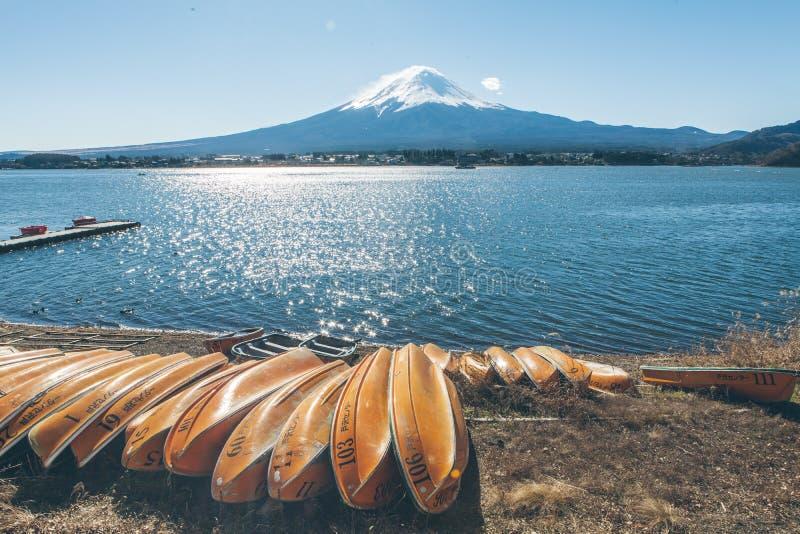 Fuji blauwe hemel royalty-vrije stock foto