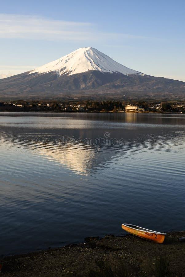 Fuji dans son silence photos stock