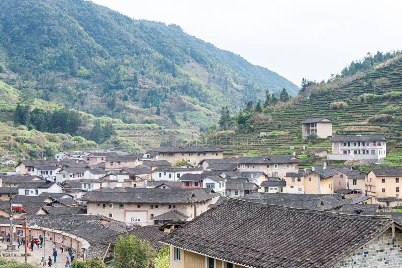 FUJIAN, CHINE - 2 janvier 2016 : Village de Taxia chez Tianloukeng Tulou image libre de droits