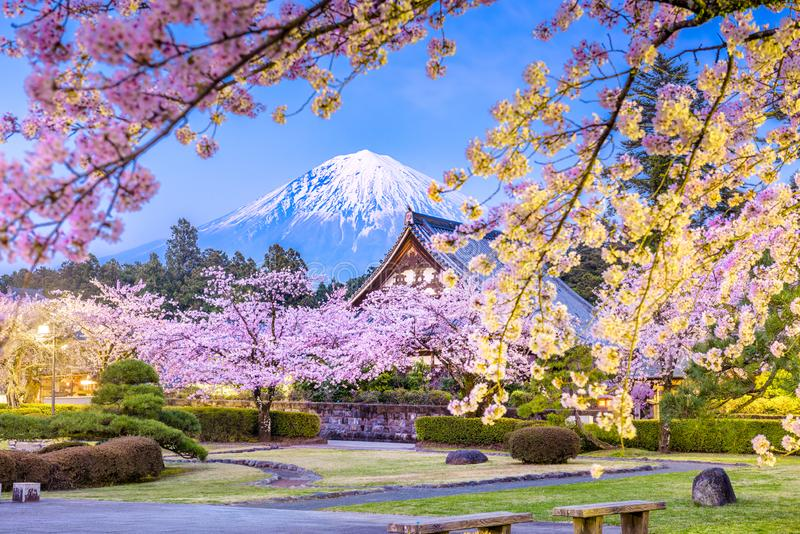 Fujinomiya, Shizuoka, Japon : le Mont Fuji image libre de droits