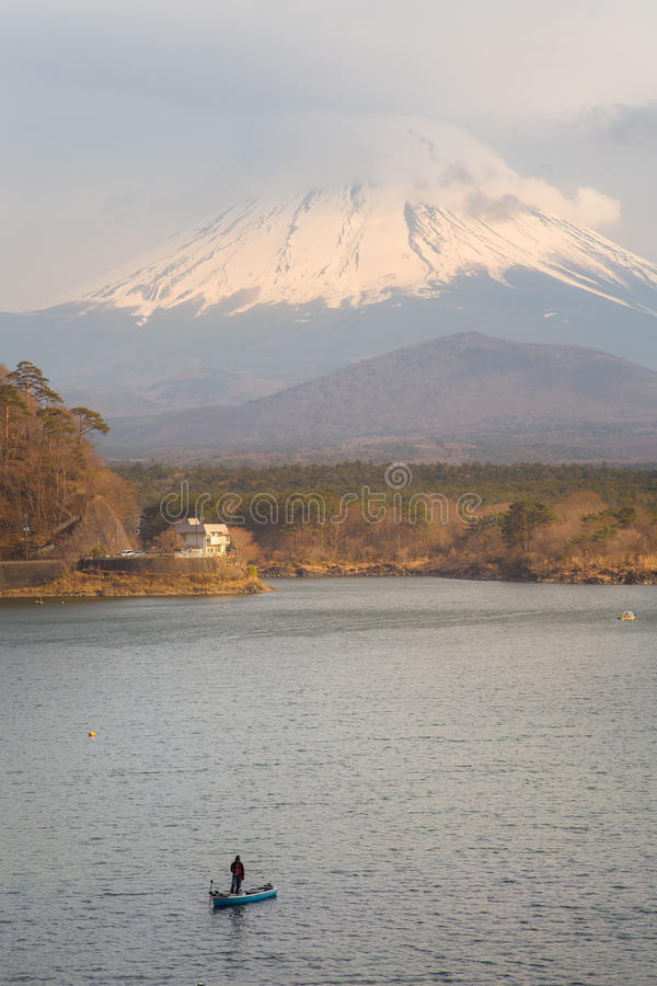 Fujisan e Shoji do lago imagens de stock