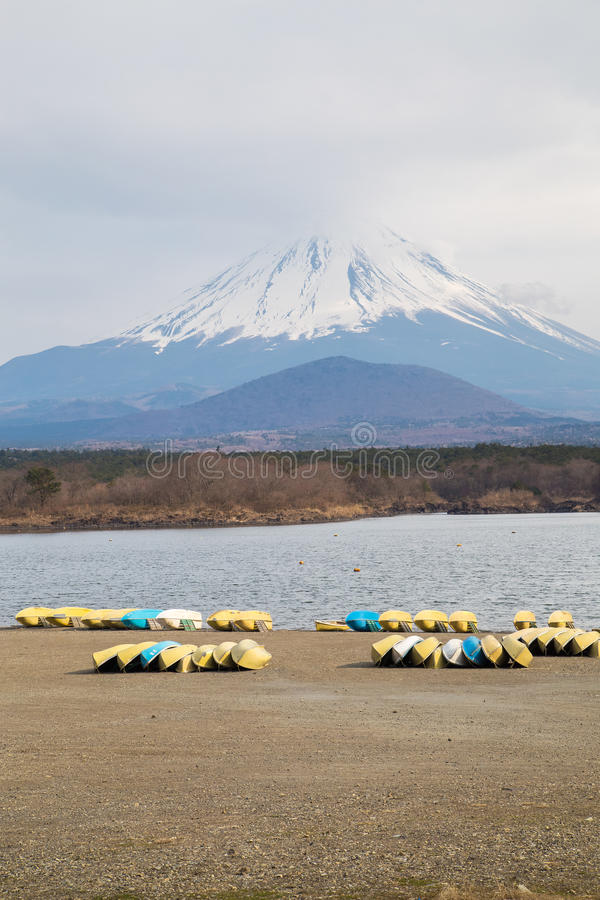 Fujisan e Shoji do lago fotografia de stock