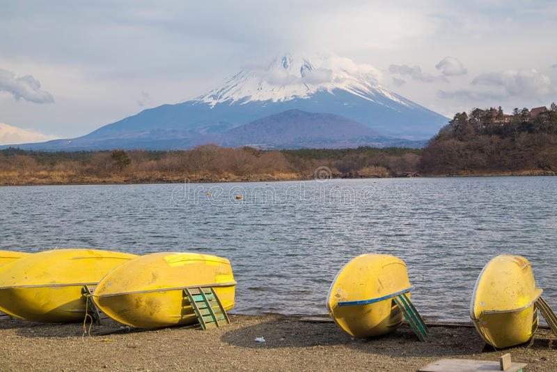 Fujisan e Shoji do lago imagens de stock royalty free