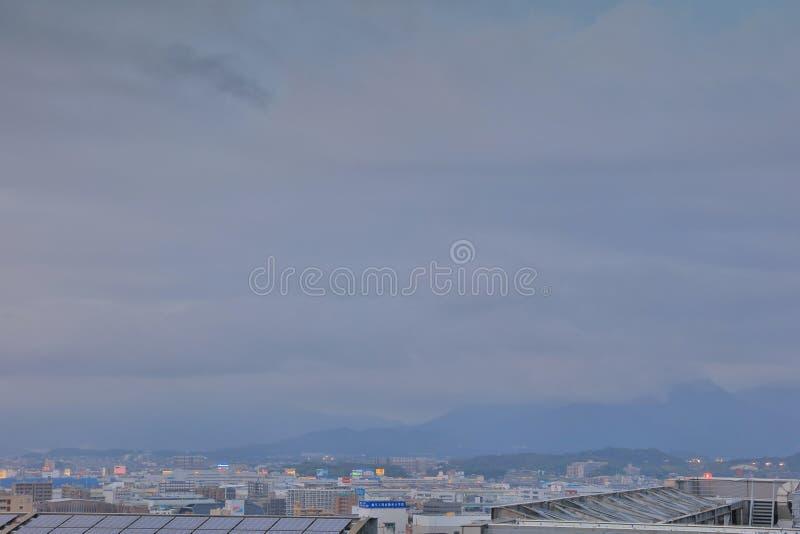 Fukuoka es la ciudad más grande de Kyushu foto de archivo