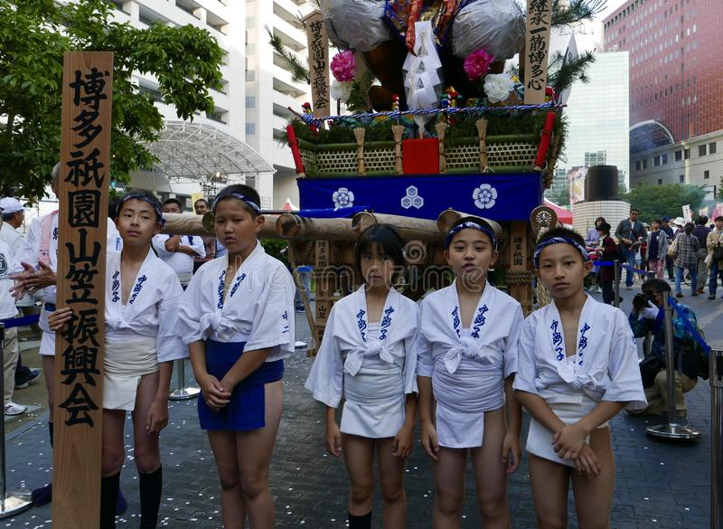 Fukuoka, Japón 12 de mayo de 2017: Participantes en con el festival de Kyushu fotos de archivo libres de regalías