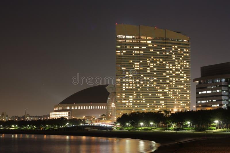 Fukuoka, Momochi Küste-Nachtansicht lizenzfreies stockbild