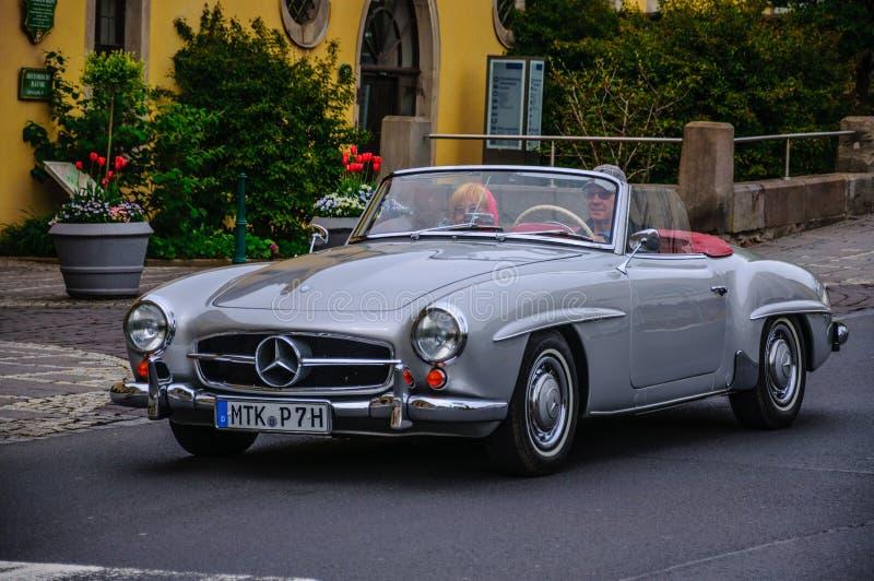 FULDA, ALLEMAGNE - L'AMI 2013 : Roadster r de cabrio de Mercedes-Benz 300SL photo stock