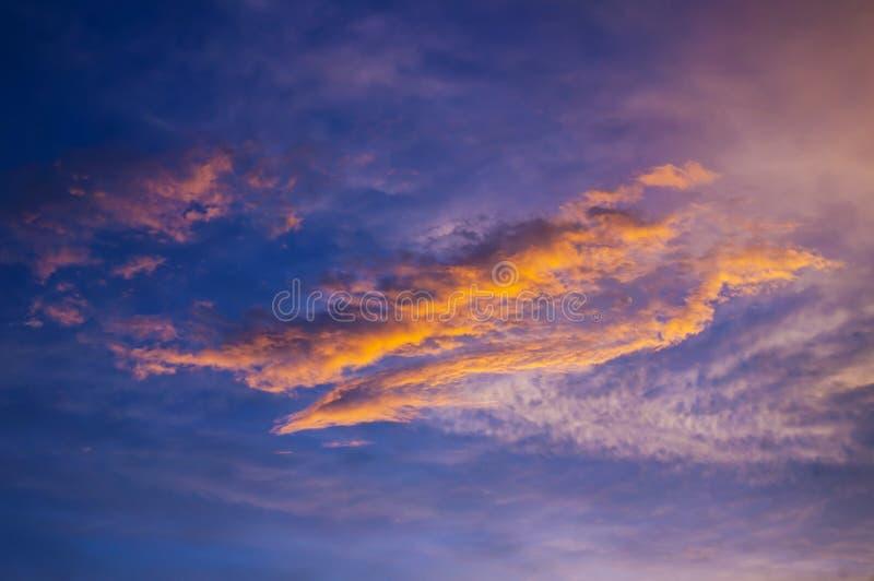 Fulgor do por do sol em Patong, Phuket imagem de stock royalty free