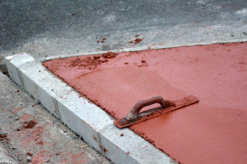 Fulländande murslevhjälpmedel royaltyfria foton