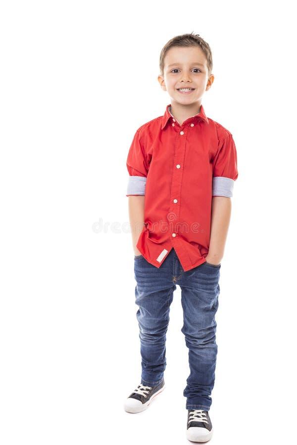 Full längdstående av en trendig pojke fotografering för bildbyråer