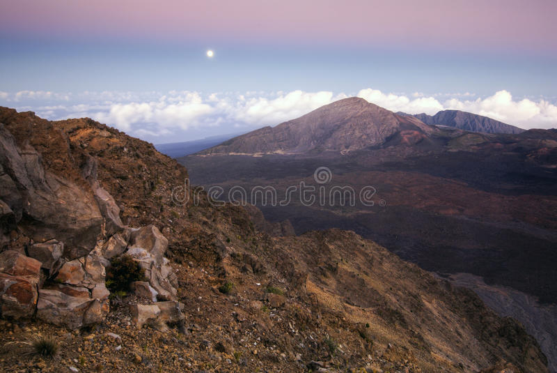 Download Full Moon, Haleakala National Park, Maui, Hawaii Royalty Free Stock Images - Image: 37625369