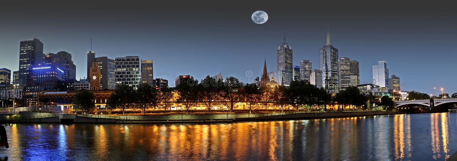 Full moon over Melbourne royalty free stock photos