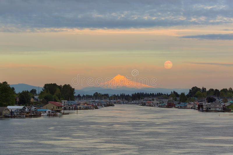 Full Moonrise over Mount Hood along Columbia River in Portland Oregon royalty free stock photos