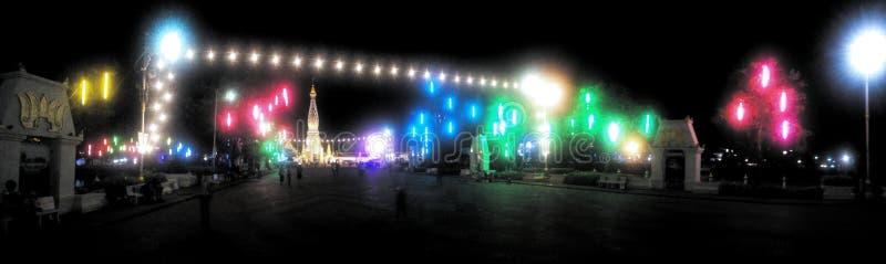 Full tempel för färg royaltyfria bilder