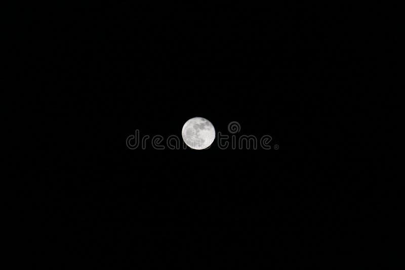 Fullmåne i slutet av månaden arkivbild