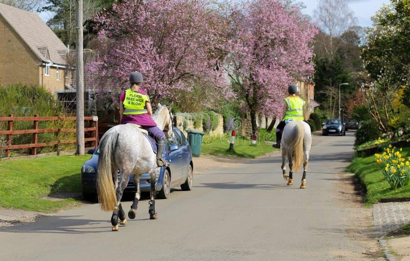 Fulwellweg, Finmere, Oxfordshire, het Verenigd Koninkrijk, 26 Maart, 20 stock foto