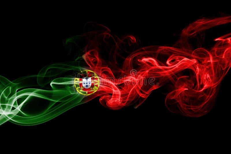 Fumée de drapeau du Portugal photographie stock libre de droits