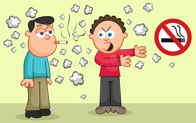 Fumar un cigarrillo mientras que otro hombre señala a un sig de no fumadores imagen de archivo libre de regalías