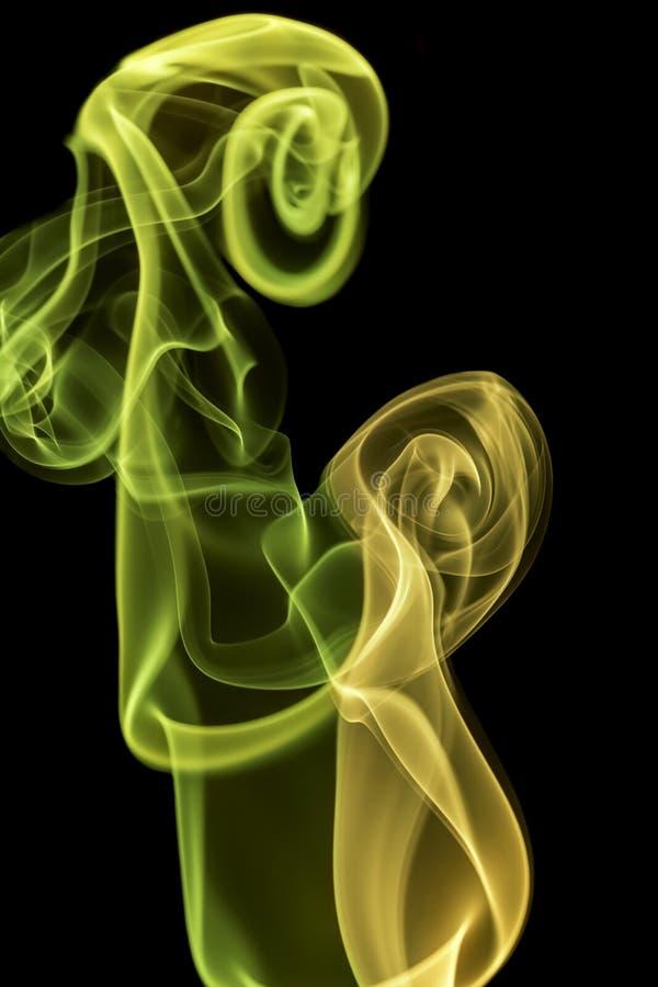 Fume, a través de las curvas extremas, fluyendo para arriba, coloridas imagen de archivo libre de regalías