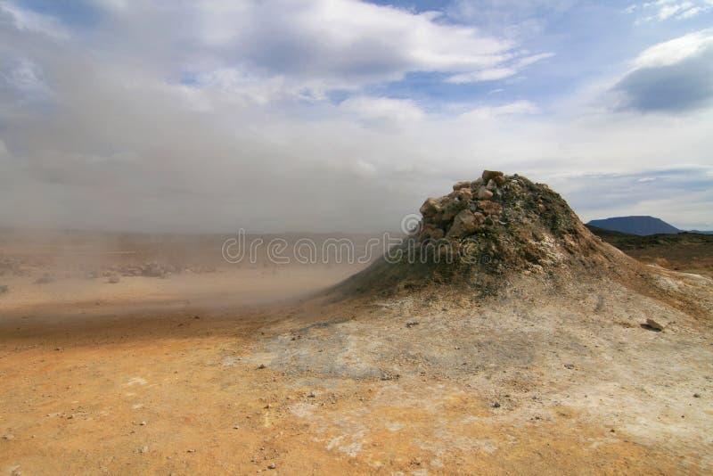 Fumerolle de Hverarond image libre de droits